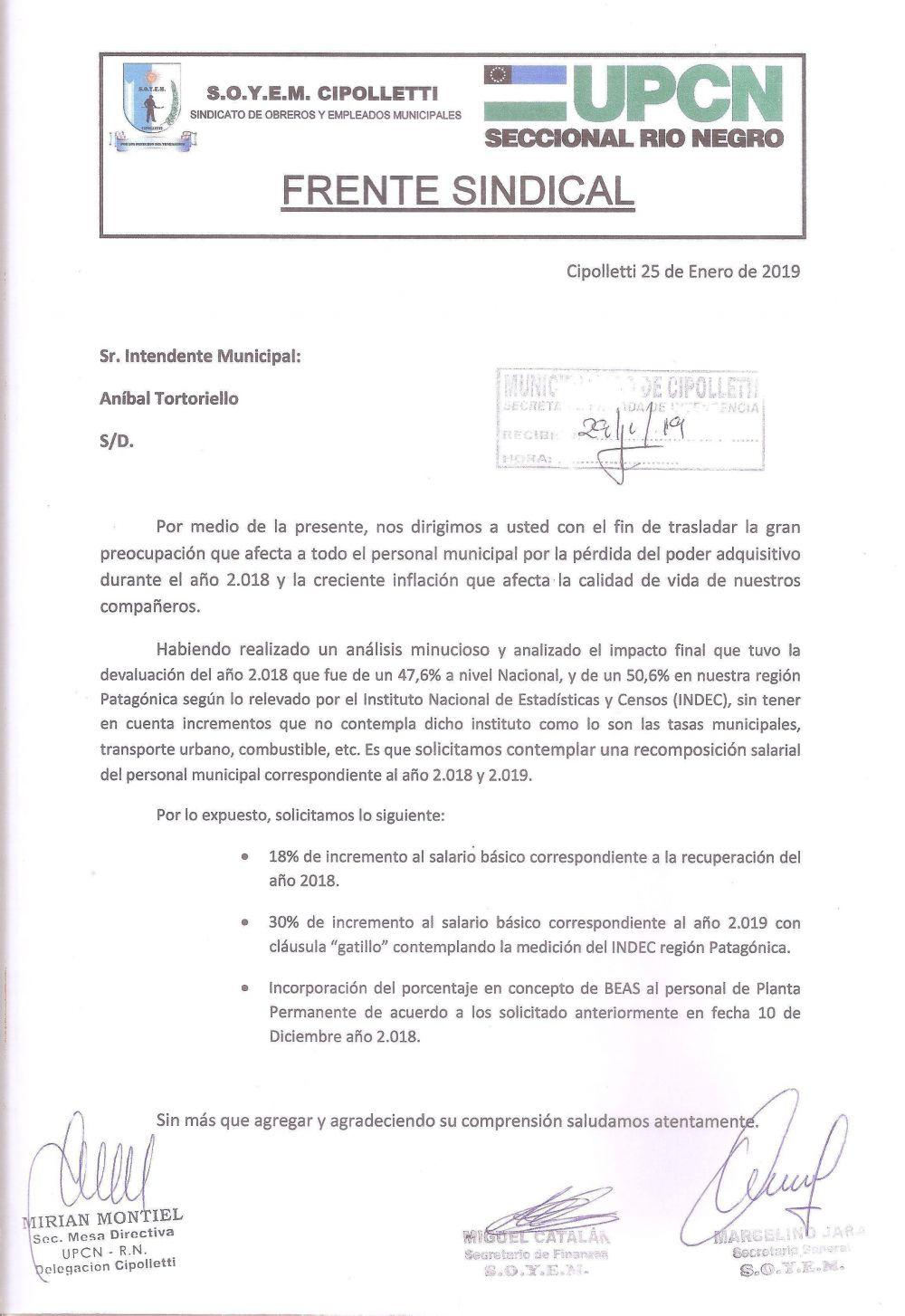 El Frente Sindical solicita una recomposición salarial para los empleados municipales