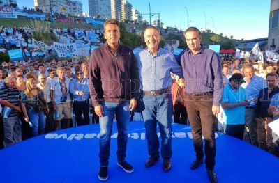 """Alternativa Federal"" realizó un masivo acto en Mar del Plata"