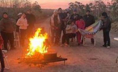 Mapuches protestan en el yacimiento Loma La Lata
