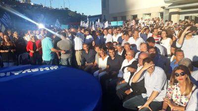 López en Mar del Plata junto a Massa en el lanzamiento de Alternativa Federal