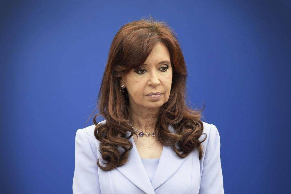 Cristina Kirchner pidió suspender el inicio del juicio por el direccionamiento de la obra pública