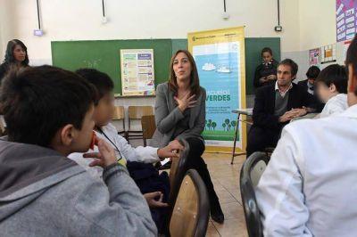 Docentes: Vidal convoca a los padres a
