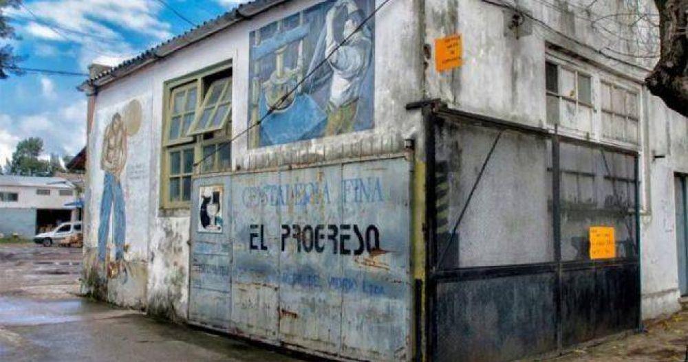 """PBA: Se destruyen 210 empleos por el cierre de cristalería """"El Progreso"""""""