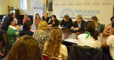 Diputados pedirá informes sobre los 100 despidos en La Nación