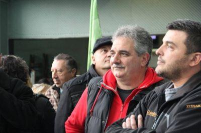 Le Fesimubo arremetió contra Ruggiero, titular de la Federación que alberga a los que se burlaron del trabajador discapacitado