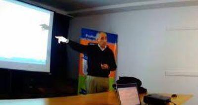 Creciente: desde el Instituto del Agua, el ingeniero Borús encabeza una charla sobre las perspectivas para la región