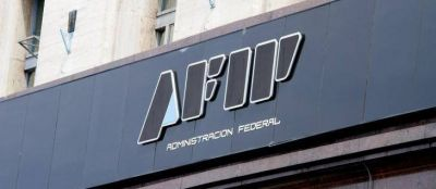 Detiene la AFIP a una organización que evadió $1.250 millones reclutando fieles de un templo Umbanda