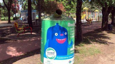 Colocan nuevas campanas verdes para fortalecer el reciclaje de residuos