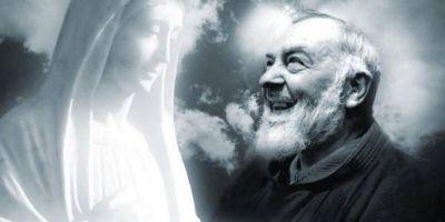 Esta es la oración que Padre Pío rezaba a la Virgen María