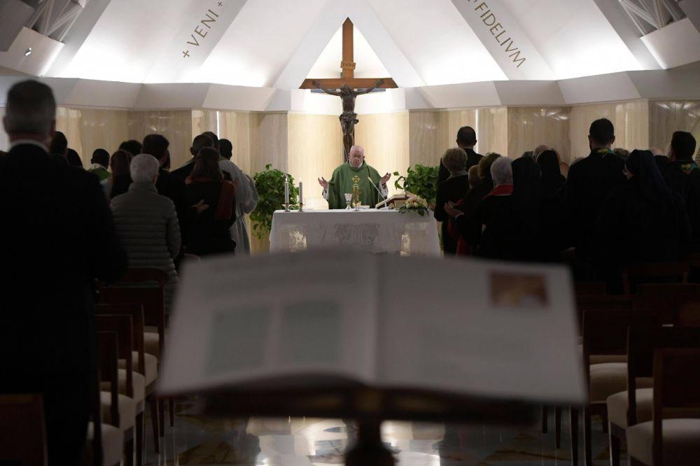 """Santa Marta: Conversión, """"abrir el corazón a fin de que entre la Palabra de Dios"""""""