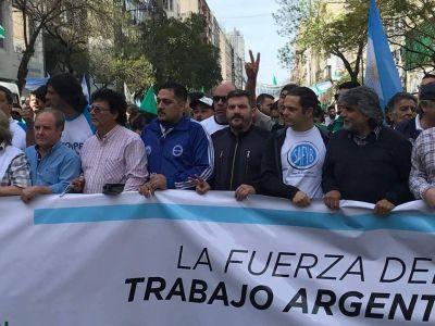 """Custodios apuntan contra empresa de seguridad por """"estafar y humillar"""" a trabajadores"""