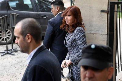 En campaña electoral, Comodoro Py va por CFK