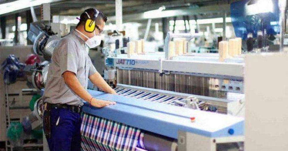 Textiles congelan el plan de Sica de flexibilizar la actividad y le piden medidas del Gobierno