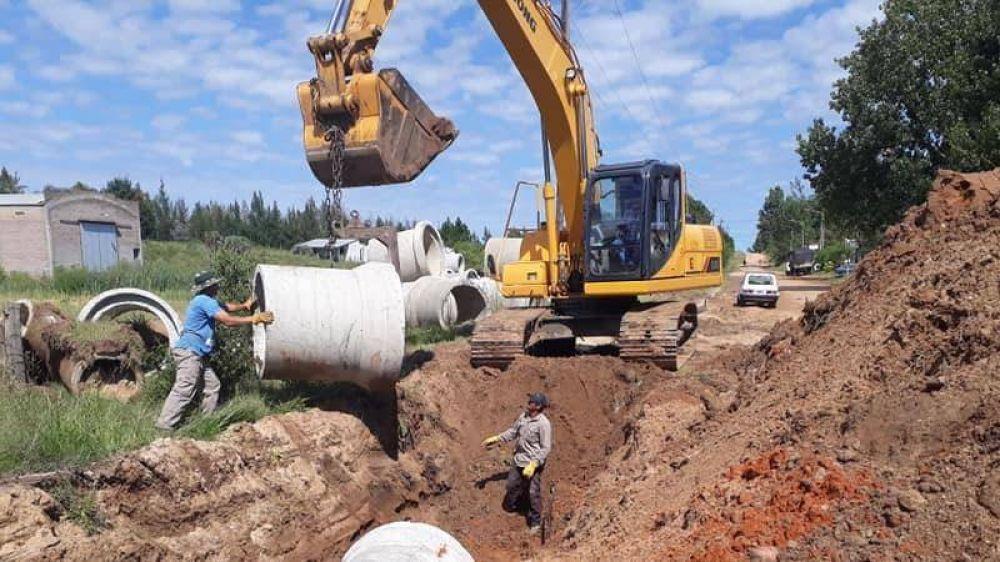 Comenzaron las obras de desagües pluviales en Villa Zorraquín