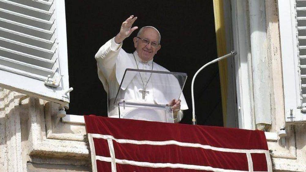 Papa, Ángelus: acojamos al Señor en el barco de nuestras vidas