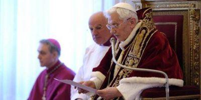 ¿No es mejor recordar a Benedicto XVI por su servicio, que por su renuncia?