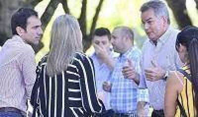 Gay confirmó que Vidal irá por la reelección acompañada por un radical