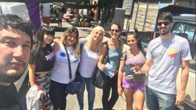 Asoman los primeros candidatos del peronismo: Dell Anna recorre los barrios y quiere ser intendenta