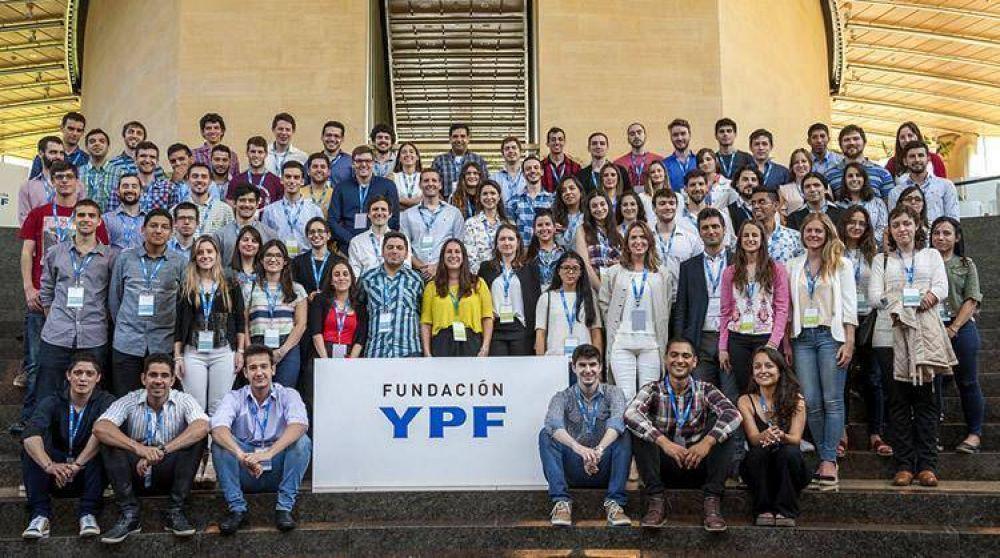 YPF lanza el primer curso de formación digital en castellano a nivel mundial