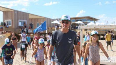 Charly Alberti juntó basura de las playas de Pinamar y alertó sobre los peligros de la contaminación