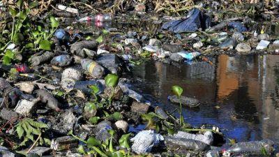 Más de 400.000 porteños no tienen garantizado el agua potable