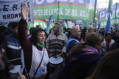 Los docentes abren un año sindical duro, con tensiones de arrastre