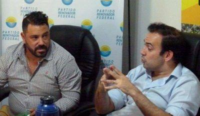 Quintana visitó la sede del Partido Renovador porteño