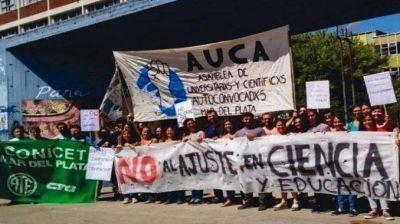 Científicos de Mar del Plata movilizaron contra el ajuste