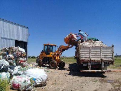 Castelli: Casi 7 mil kilos de material recuperado dejaron de ser basura contaminante