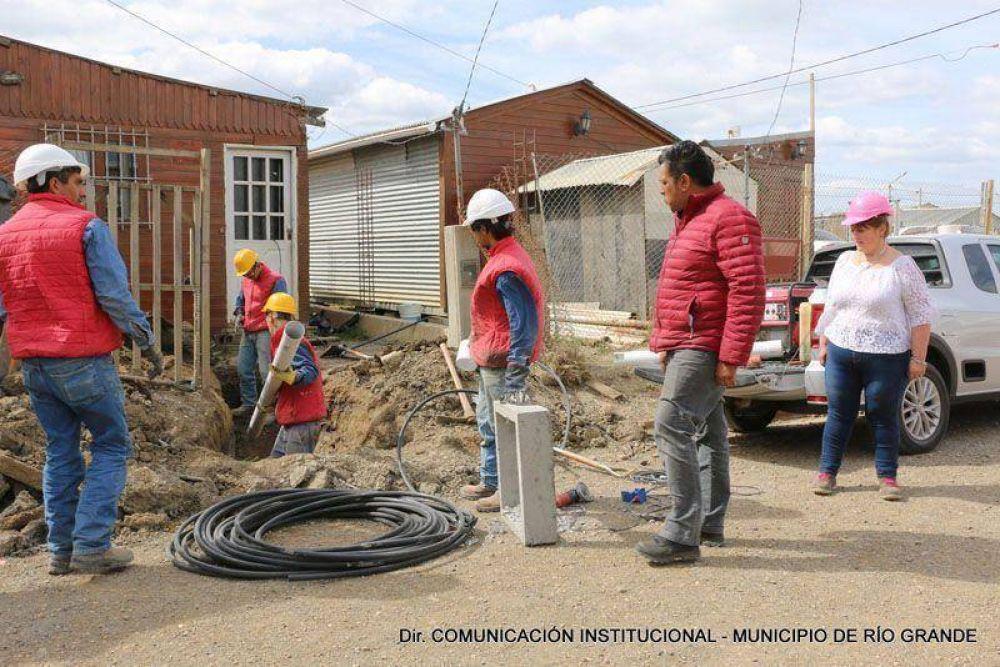 Río Grande: Realizan obra de agua y cloacas para 150 vecinos
