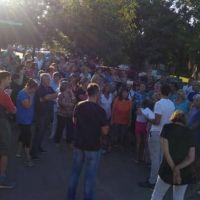 Passaglia se reunió con vecinos de Bº Somisa por el agua