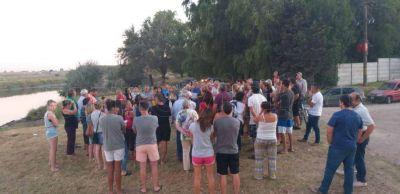 Residuos cloacales en el Río: Solo cinco concejales escucharon a los vecinos de la Ribera
