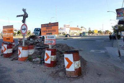 """Comerciantes de la calle 12 de Octubre pasaron el """"peor verano"""" por obra inconclusa"""