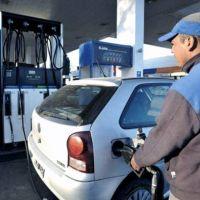 Expendedores advierten que sigue la baja en la venta de combustibles