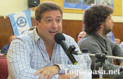 Docentes municipales vuelven al Concejo para escuchar las explicaciones de Mourelle y Vicente