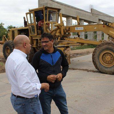 El diputado César Torres recorrió obras del arroyo salguero