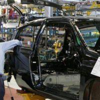 Se multiplican las suspensiones en las autopartistas y hay alarma entre los metalúrgicos