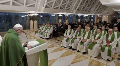 Papa Francisco: Dios nos ama con el corazón y no con las ideas