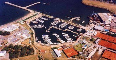 El club Náutico prohibió a sus socios ingresar al mar por la contaminación de las aguas