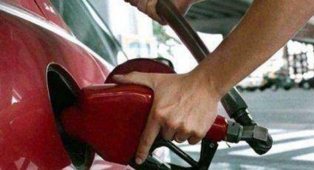 Marzo podría comenzar con un aumento del 3% en los combustibles