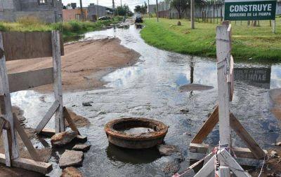 Desbordes cloacales: la Municipalidad le apunta a la Provincia