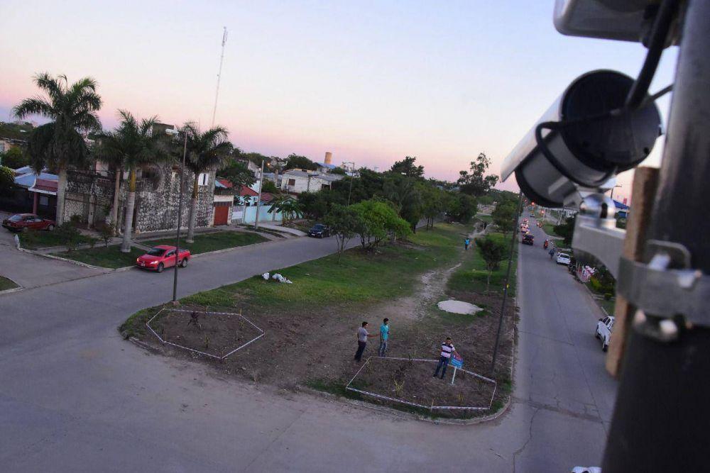 """Plan """"Bio"""": La Municipalidad convierte basurales en espacios verdes e instala cámaras preventivas"""