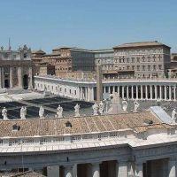 ¿Qué ordena el Vaticano cuando un sacerdote tiene un hijo?