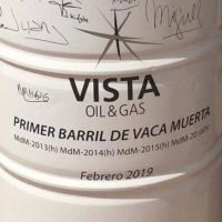 Vista presentó su primer barril de petróleo de Vaca Muerta