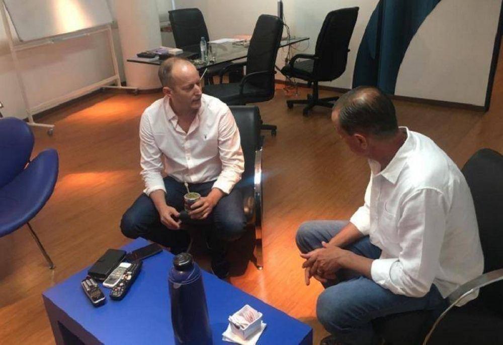 Insaurralde se reunió con uno de los intendentes que apoya su candidatura