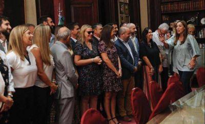El senador Jáuregui, en una reunión con Vidal