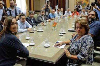 Vidal citó a los docentes a una mesa técnica para discutir salarios