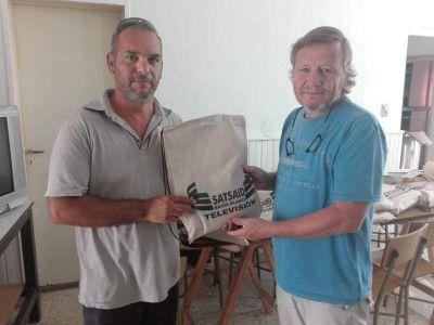En su nueva sede, SATSAID entrega kits escolares para afiliados