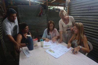 Vidal se reunió con vecinos de Escobar y Pilar