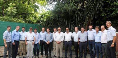 Cumbre radical en Provincia para insistir con la ratificación de Daniel Salvador como vice de María Eugenia Vidal
